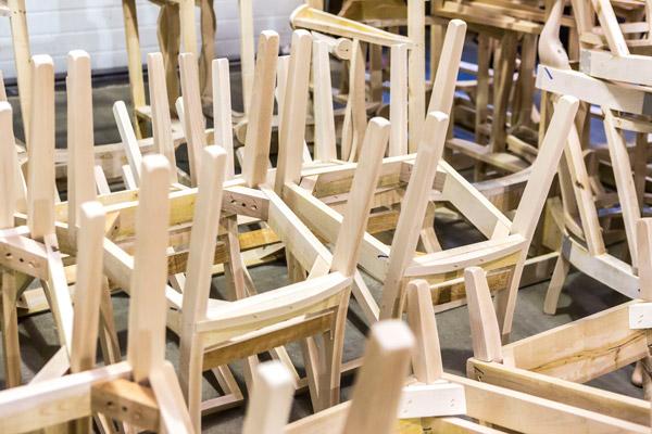 Design Amp Manufacturing Armley Chairworks